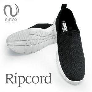 Ripcord Hitam Putih
